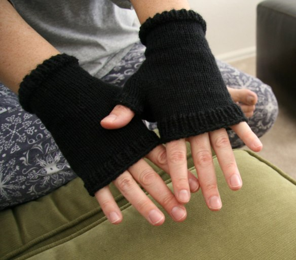 fingerless-mitts