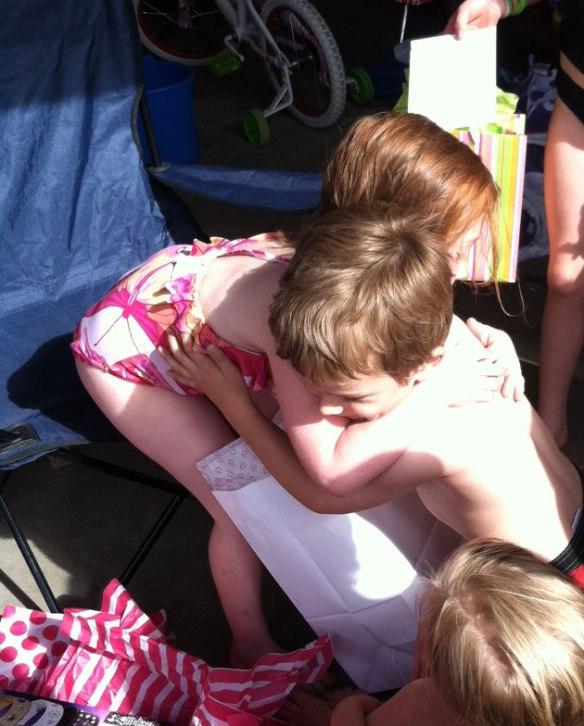 davey-olivia-hug