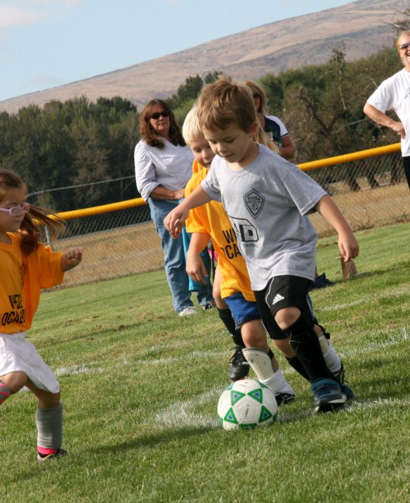 davey-soccer-KV