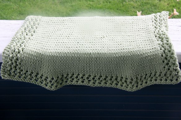 baby-blanket-green-2
