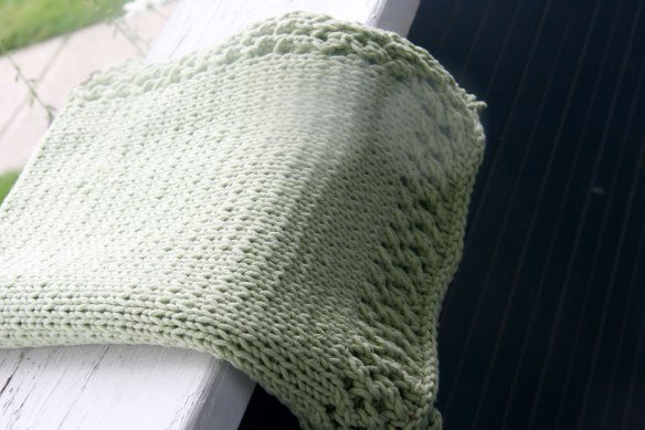baby-blanket-green