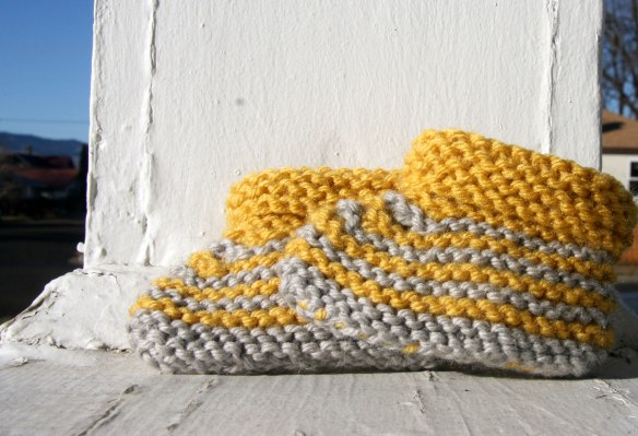 baby-yellow-gray